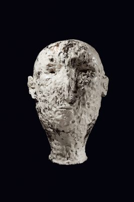 xavier toubes – head – 2018 galerie metzger gallery ceramic sculpture art