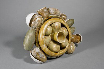 Beate Kuhn – untitled –2013, 25x33x14cm – Galerie Metzger Gallery Kunst Keramik Plastik Art Ceramics Sculpture