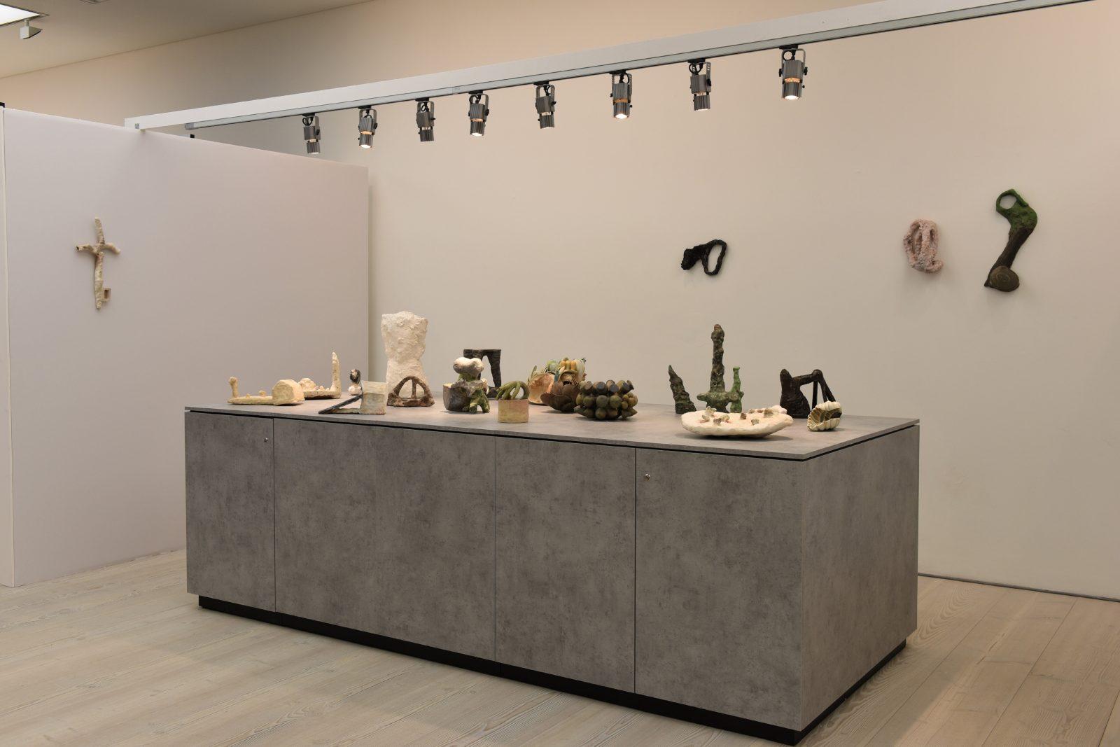 Collect 2018 –Beate Kuhn, Klaus Lehmann, Hans Fischer –Galerie Metzger, ceramics