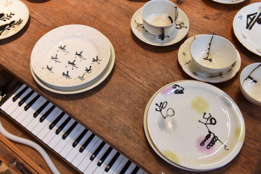 Kerstin Abraham & Miko Seels –Tafelgeschichten –Galerie Metzger Gallery Keramik Gefäß Art ceramic