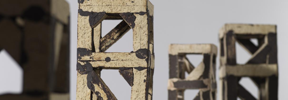 Franz Josef Altenburg –Türme –2018 –Gallery Metzger –sculpture ceramic Collect 2019 Saatchi gallery