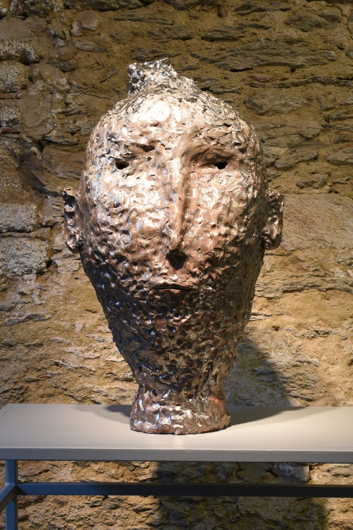 xavier toubes –head 6 –2014, 90x51x46cm galerie metzger gallery ceramic sculpture art