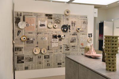 Kerstin Abraham-installative-work-2019-saatchi-gallery-collect-galerie-metzger-art-ceramic-keramik