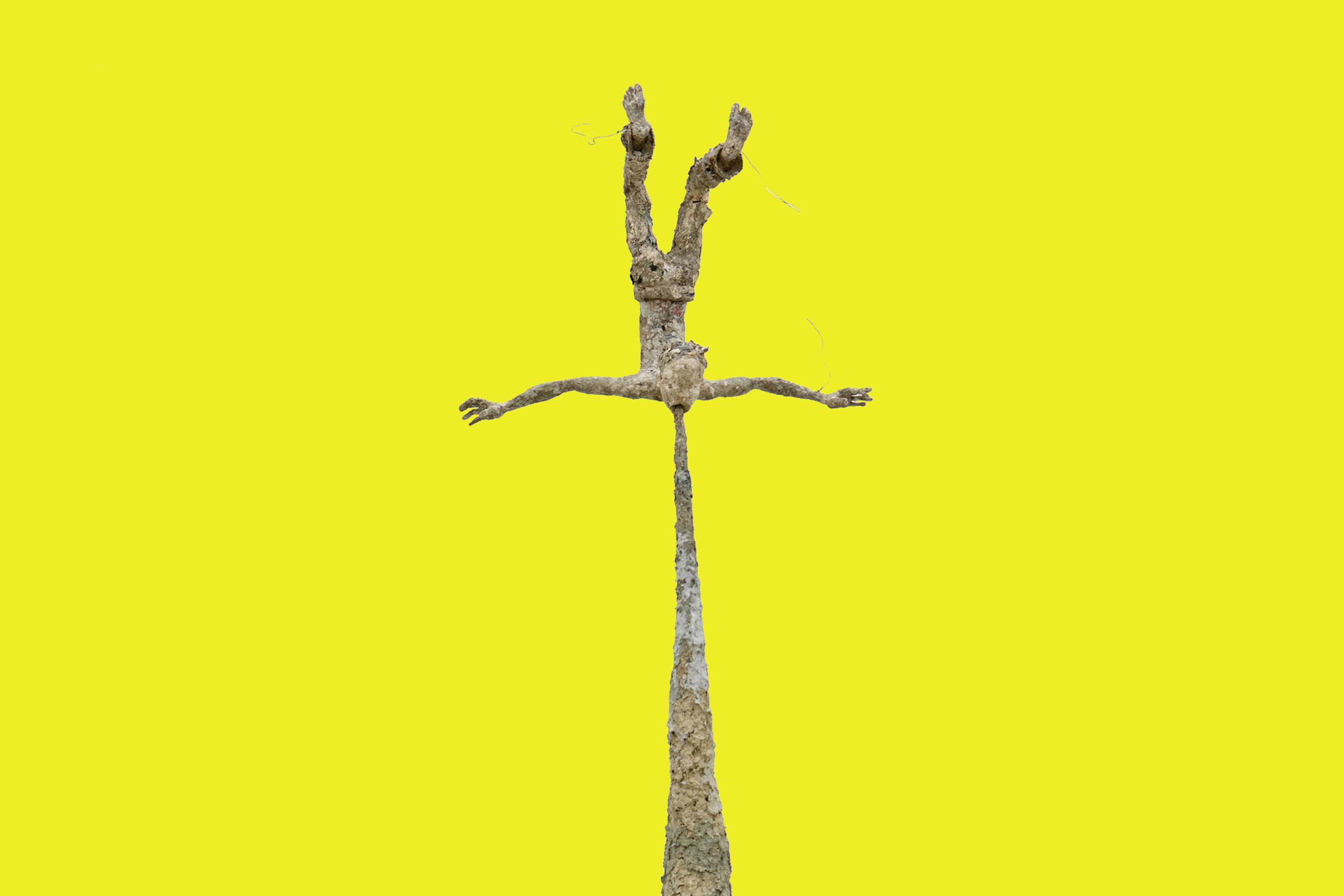 Michael Kalmbach –Kotzender –2008, Pappiermachee Draht, 218x55x45cm –galerie metzger contemporary art aschaffenburg gallery