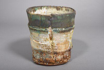 Rachel Wood – Gefäßkörper – 2019, 23,5x21x19 cm – galerie metzger angewandte kunst ceramic gallery